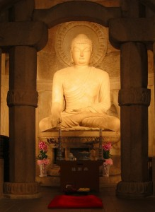The main Buddha of Soekguram, Photo courtesy Richardfabi, Wikimedia.org