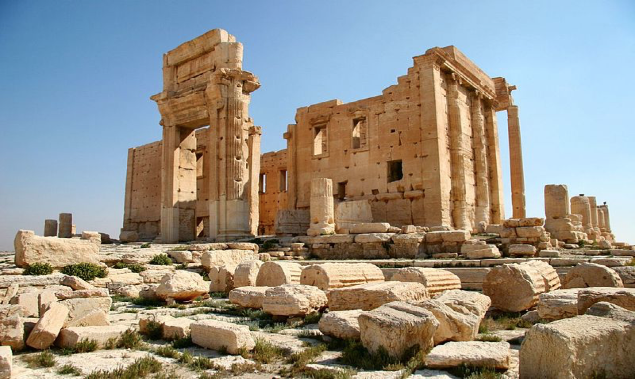 Temple of Bel 2005 before destruction by ISIL, by Zeledi. Courtesy of Wikimedia.org